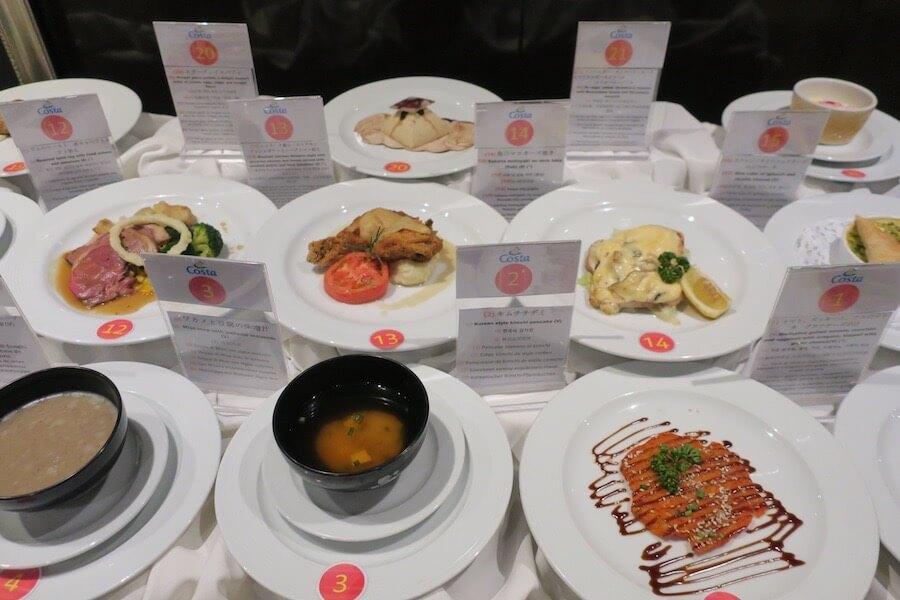 メインレストラン 料理のディスプレイ2