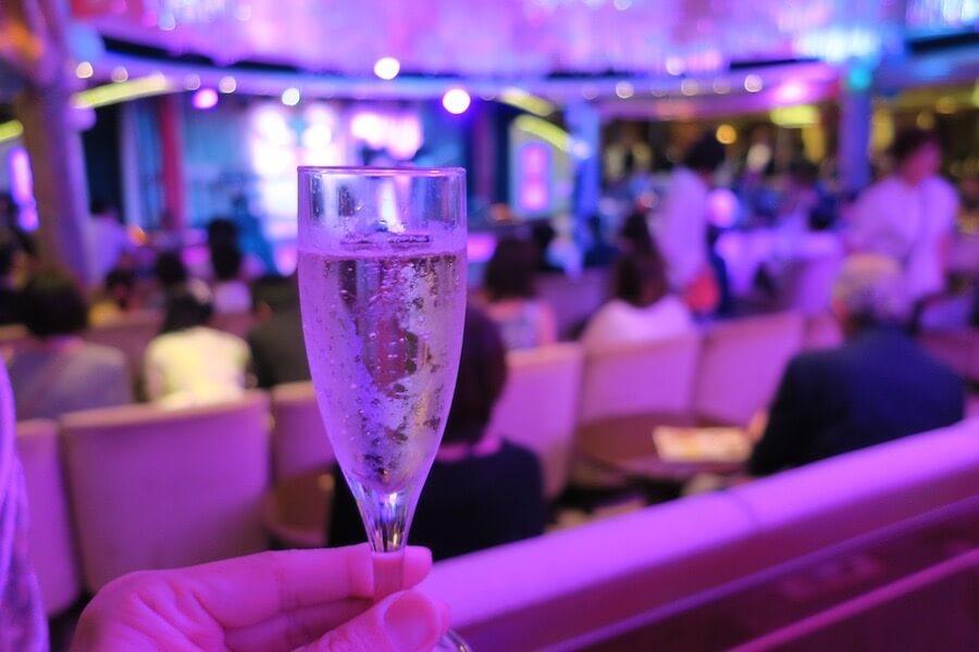 フォーマルナイト シャンパン