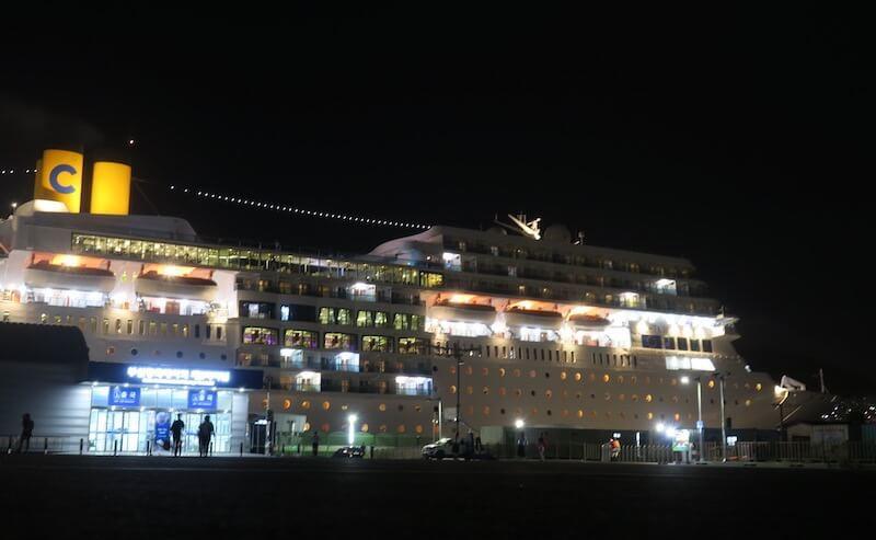 夜のコスタネオロマンチカ
