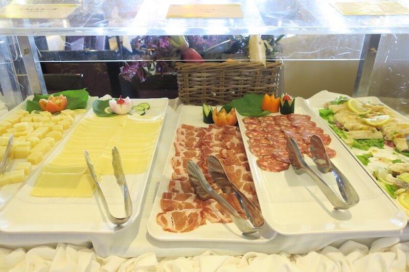 コスタネオロマンチカ朝食 ボッティチェリ2