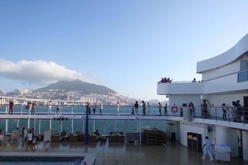 コスタネオロマンチカ プサン入港風景2