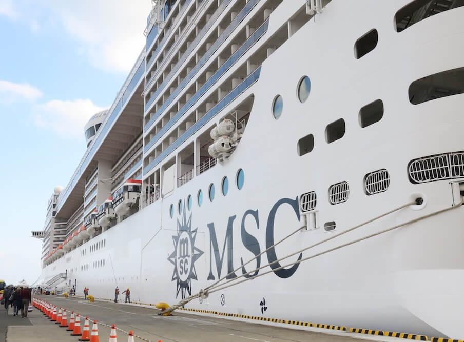 MSCスプレンディダ 大きい