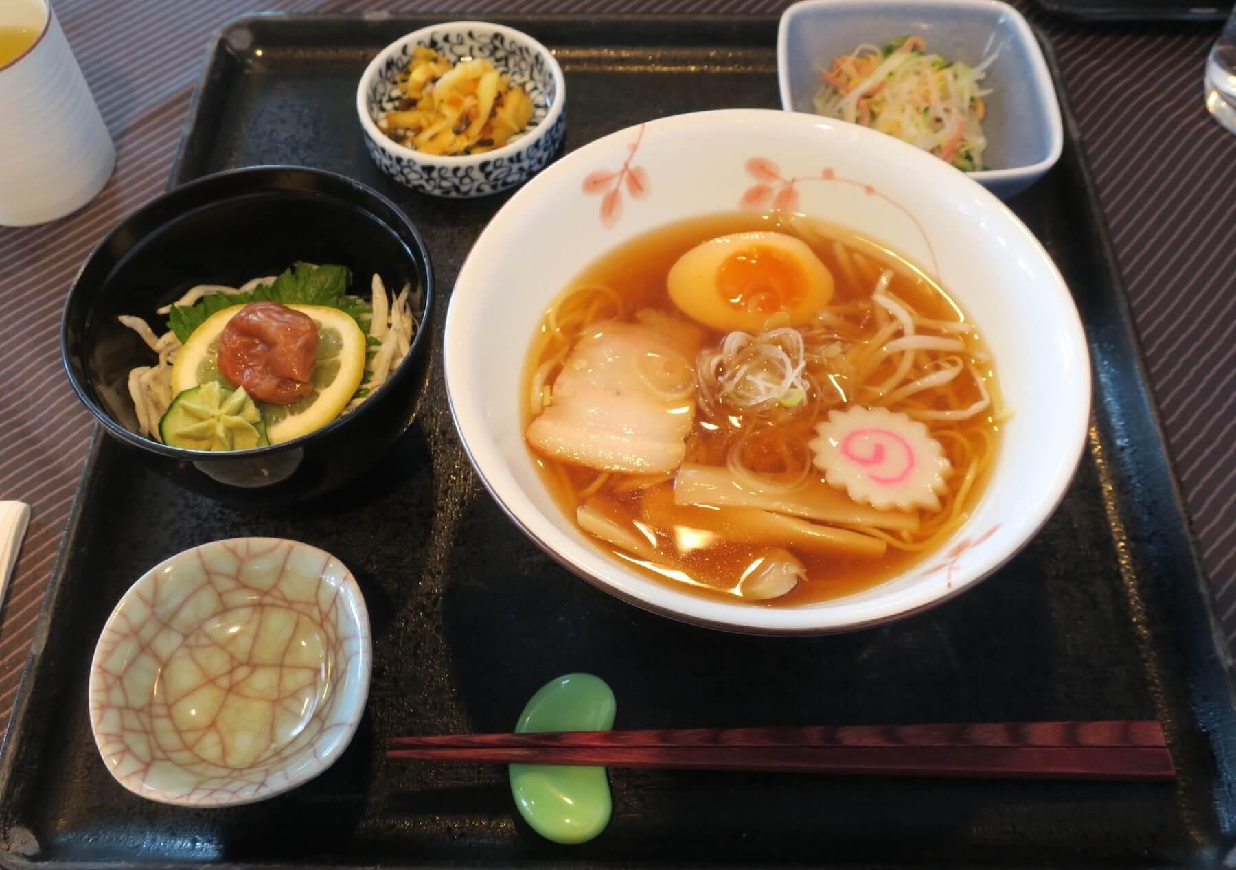 にっぽん丸 昼食03