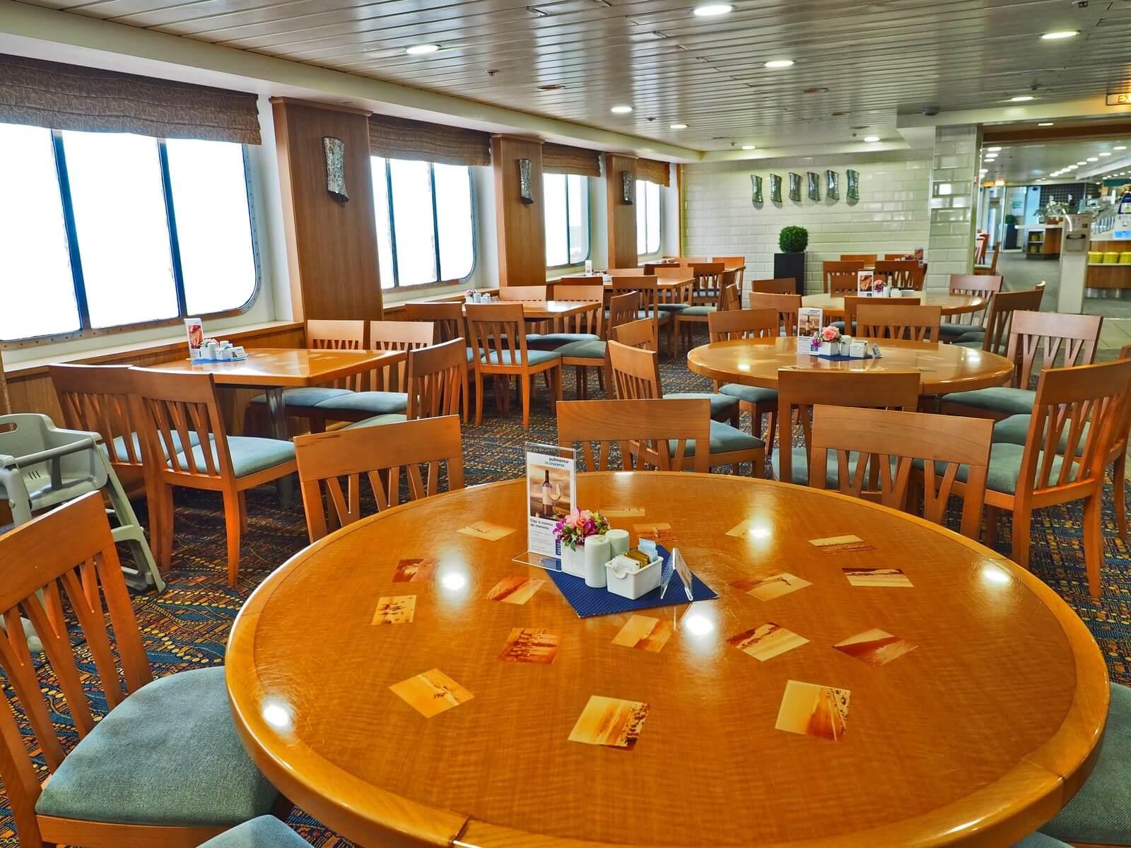 ピースボートプレミアム ビュッフェレストラン