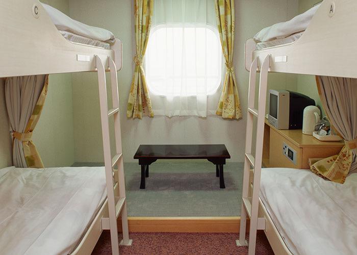 新日本海フェリー ステートB2段ベッド 4名