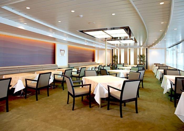 新日本海フェリー レストラン2