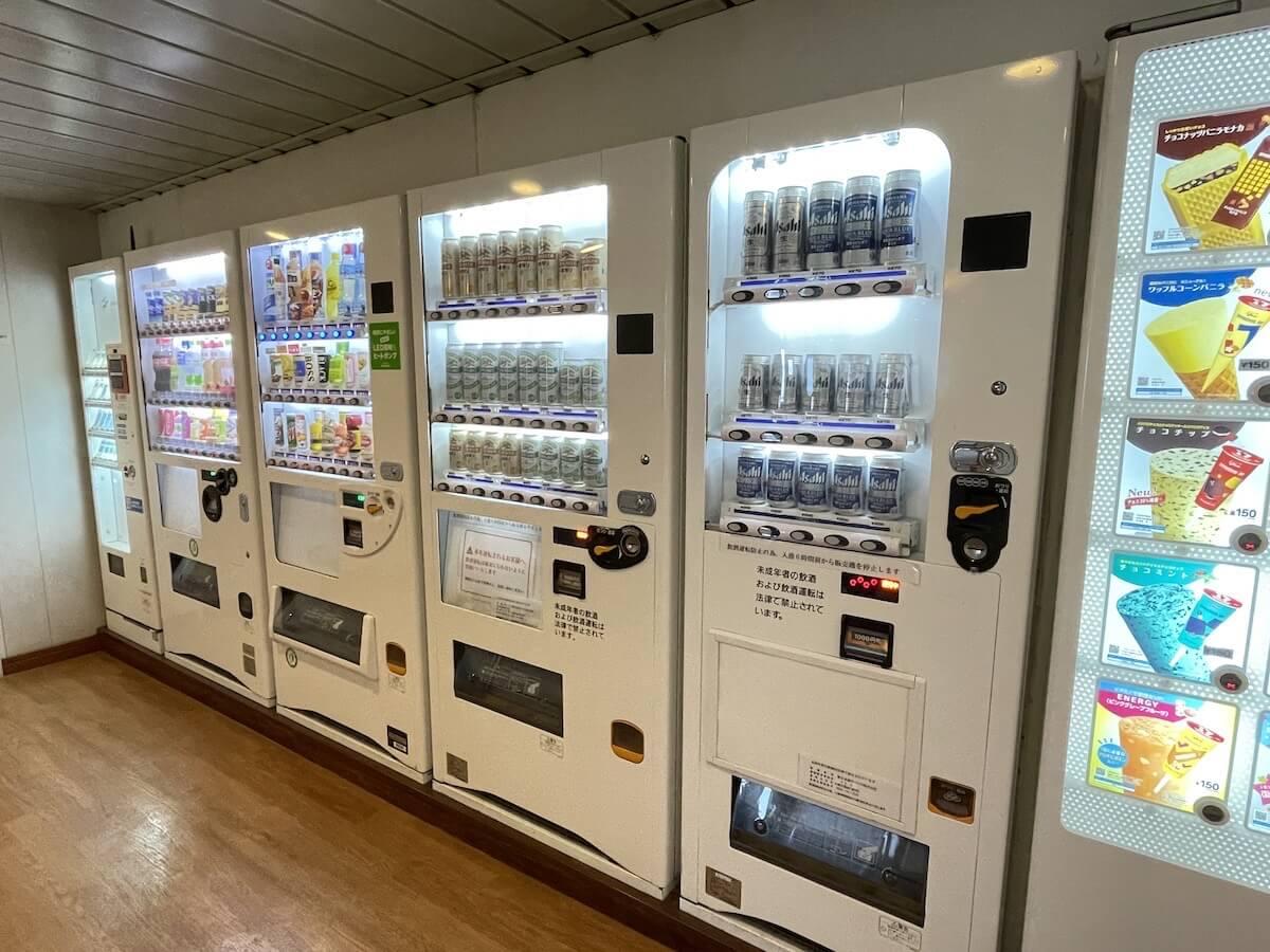 新日本海フェリー自動販売機