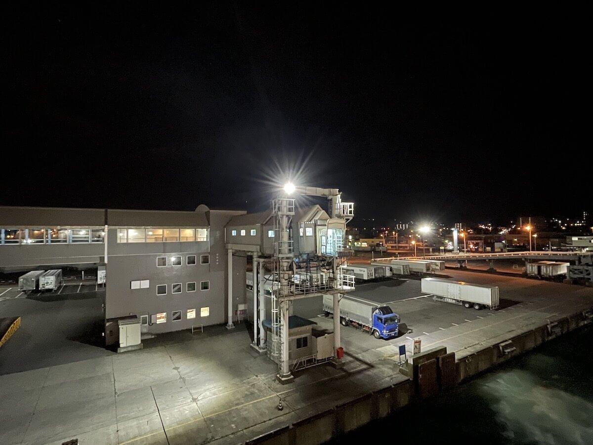 新日本海フェリー出港風景1